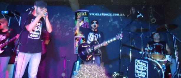 Putos BRothers Band: Raulzinho (baixo), Sylvio Passos (Gaita), Agnaldo Araújo (Voz Guitarra) e Dri Batera (Bateria)