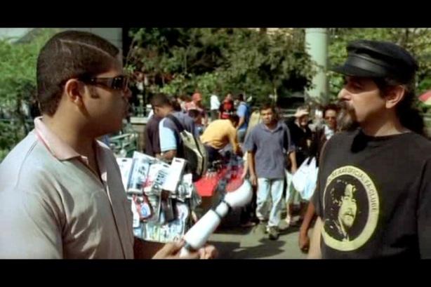 Flagrante: Sylvio Passos comprando DVD PIRATA de Raul Seixas.